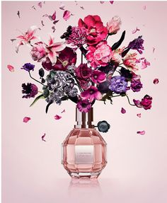 Viktor & Rolf's ~wildly~ popular Flowerbomb perfume has key notes of orange blossom, patchouli, and jasmine so you leave an alluring scent wherever you go. 26 Best-Selling Products At Sephora That Beauty Stans Swear By Flowerbomb Perfume, Fragrance Parfum, Rose Perfume, Parfum Chloe, Vanilla Perfume, First Perfume, Grenade, Flower Bomb, Parfum Spray