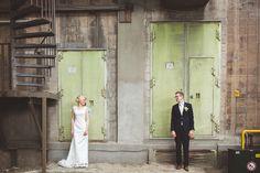 maassilo - Google zoeken Wedding Shoot, Wedding Dresses, Industrial Wedding, Rotterdam, Wedding Photography, Google, Weddings, Fotografia, Bride Gowns