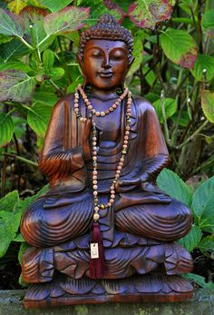 """NatuOm """"Bengala"""" necklace. Excellent fairtrade handmade design for yoga and meditation."""