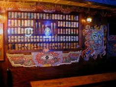 My travelogue of a journey through 1000 bars in 1 year, and more, much more. Bottle Cap Art, Bottle Cap Crafts, Diy Stuff, Cool Stuff, Beer Caps, Capsule, Bar Ideas, Cool Diy, Interior Ideas