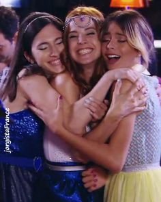 #Violetta3 Friends until the end!