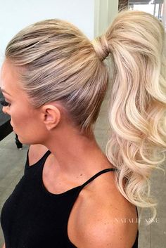 Galerie von best 25 high bun hairstyles ideas on - high updo Side Ponytail Hairstyles, Oval Face Hairstyles, Quick Hairstyles, Prom Hairstyles, Hairstyles With Bangs, Hair Ponytail, Bouffant Hairstyles, Wedge Hairstyles, Gorgeous Hairstyles