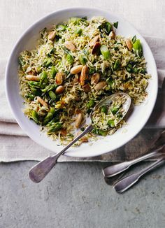 This asparagus, saffron and almond pilaf is a lovely spring dish and a great alternative way to use asparagus. It is officially in season on 24 April, but might be in the shops a bit earlier depending on the weather.