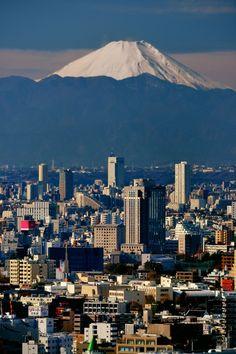 Mount Fuji, Tokyo | Japan (by Vladimir Zakharov (www.vzphoto.co.uk))