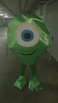 Cumple monstruífico: invitado sorpresa Mike Wazowski Monster Birthday Party - Inma Torrijos