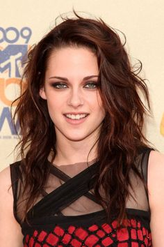 From tousled waves to dramatic crops, see Kristen Stewart's hair history