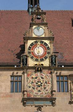Die Kunstuhr am Heilbronner Rathaus; 2005  (Foto Stadtarchiv Heilbronn)