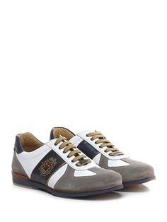Galizio Torresi - Sneakers - Uomo - Sneaker in camoscio e pelle con suola in gomma, tacco 40, platform 15 con battuta 25. - BIANCO\TAUPE\BLU - € 175.00