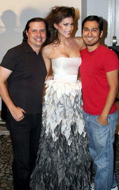 Viviana Ortiz Miss Universe Puerto Rico 2011 en el backstage de PRHFW ABR 2011