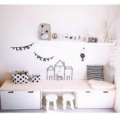 Looking for playroom inspiration and came across this on Pinterest. This ticks all the boxes for the small area we have. ✔️✔️ If anyone knows where this storage is from, please tag below. #playroominspo #kidsplayroom