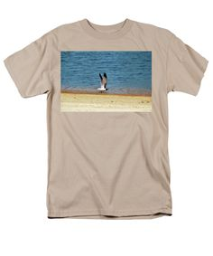 Laughing Gull Men's T-Shirt (Regular Fit) featuring the photograph Ready For Take Off by Cynthia Guinn