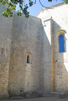 Cathédrale Saint-Pierre-et-Saint-Paul de Maguelone. Romanesque Architecture, Built Environment, 12th Century, France, History, Historia, Roman Architecture, French