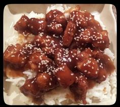 Sesame Chicken Recipe - Yummy this dish is very delicous. Let's make Sesame Chicken in your home! Crockpot Recipes, Cooking Recipes, Best Dishes, Main Dishes, I Chef, Sesame Chicken, Yummy Food, Tasty, Marinated Chicken