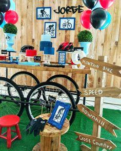 Skateboard Party, Montain Bike, 9th Birthday, Grad Parties, Mountain Biking, Ideas Para, Party Themes, Bike Birthday Parties, Bicycle Party