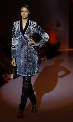 Community Post: 32 Fierce Looks From India's Fashion Week