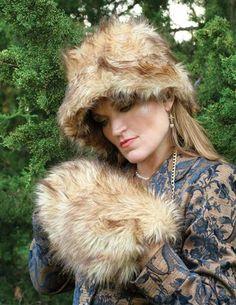 Caldecott Fur Muff & Hat