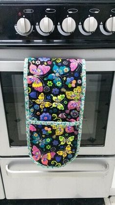 Oven glove tutorial sewing bee fabrics butterfly how to make DIY potholder