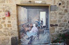 Trompes l'oeil, one of many in Meyras, Ardèche