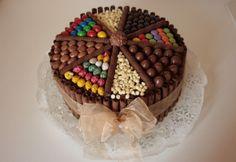Nutellás torta Nyuszikutya konyhájából | NOSALTY Nutella, Latte, Food, Birthday Cakes, Essen, Birthday Cake, Meals, Yemek, Eten