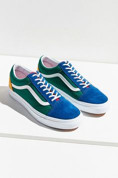 ec92094fb3 Slide View  3  Vans Old Skool Yacht Club Sneaker Vans Old Skool