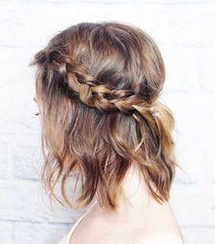 """Tresse, bun, demi-queue ou encore foulard... Par quelle coiffure """"anti-coup de chaud"""" vous laisserez-vous tenter cet été ?"""