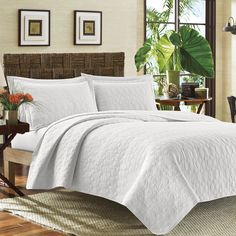 Tommy Bahama White Catalina Cotton Quilt Set | Overstock.com Shopping - The Best Deals on Quilts