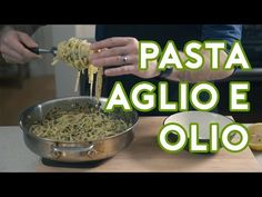 "What dish can make any man or woman ache for the touch of Jon Favreau? Pasta Aglio e Olio is the dreamy midnight snack that lives up to its porny portrayal in the foodie-comedy-drama ""Chef."" Ingredients head garlic, separated and peeled cup flat Pasta Aglio E Olio, Pasta Pizza, Pasta Recipes, Vegan Recipes, Dinner Recipes, Pasta Noodles, How To Cook Pasta, Pasta Dishes, Healthy Snacks"
