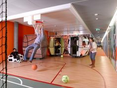 This is how they relax in the Google Office of Zurich. Find more offices at: http://www.bueroinfo.at/
