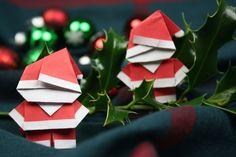Wir zeigen Dir Schritt für Schritt, wie Du einen Origami Weihnachtsmann falten kannst. Hier Anleitung lesen und Origami Weihnachtsmann basteln!