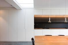 STAM architecten — Woning GOOS Open Plan, Divider, Kitchen Cabinets, Room, Furniture, Home Decor, Arquitetura, Home, Bedroom