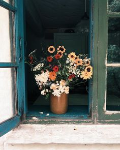 Flowers and Plants My Flower, Wild Flowers, Beautiful Flowers, Flowers Vase, Summer Flowers, Deco Floral, Flower Aesthetic, Belle Photo, Pretty Pictures