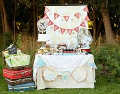 Air plane party!http://www.karaspartyideas.com/2012/08/vintage-airplane-birthday-party.html#