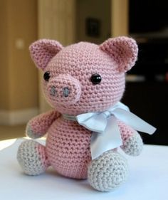 Mesmerizing Crochet an Amigurumi Rabbit Ideas. Lovely Crochet an Amigurumi Rabbit Ideas. Crochet Mignon, Crochet Pig, Crochet Patterns Amigurumi, Cute Crochet, Amigurumi Doll, Crochet Animals, Crochet Crafts, Crochet Dolls, Crochet Projects
