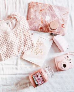 Flatlay rose - Pink mood - Pink shades - inspiration flatlay #flatlay #rose #pinkshades