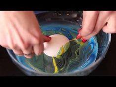 Teta drogerie - velikonoční tip na barvení vajíček - YouTube