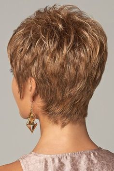 Astonishing Useful Tips: Pixie Hairstyles Tutorial black women hairstyles braids.Pixie Hairstyles Before And After. Short Hair With Layers, Short Hair Cuts For Women, Short Hairstyles For Women, Short Grey Hair, Teenage Hairstyles, Short Haircuts, Layered Haircuts, Black Hair, Ladies Hairstyles