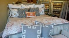 Learn more about the Alpharetta Visitor Rewards Program at rately.com/alpharetta  Pictured: @karensfabrics