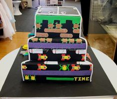 The BritList RD Heels The Video Game Cake And More Video - Video game birthday cake