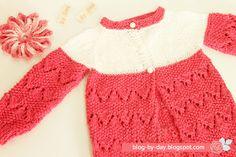 Blog By Day: Casaquinho com Ajur em Ângulo :: Baby Cardigan Free Pattern