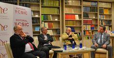 """Entrevista a Joan Ramon Sanchis, autor del libro """"La banca que necesitamos"""", publicado por la Universidad de Valencia."""