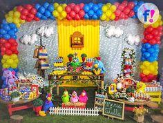 In love por essa decor da Galinha pintadinha 😍💙❤💛 #festiva #festagalinhapintadinha #galinhapintadinha
