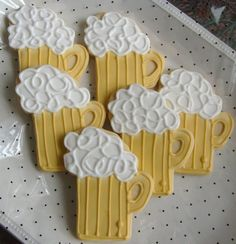 Beer Mug Cookies  Beer Mug Decorated Cookie Favors  by lorisplace, $35.99