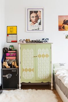 Living Large - Tavi Gevinson Shares Why She Loves Living Alone - Photos