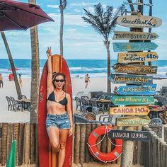 ☀️Conta pra mim: já tirou alguma dessas praias da sua listinha? Dessa vez eu fui à Canoa, Praia do Futuro e Praia das Fontes, mas já quero TODAS! 😂 ⠀ Esse cantinho lindo fica na entrada do @beachpark, de frente para a Praia das Dunas. Bem facinho de achar! Obrigada, @descubraceara por me apresentar um pouco desse estado maravilhoso. Já quero voltar! ⠀ ⠀ #sthenoCeara #fortaleza #famceara18 #sheisnotlost Beach Park, Beach Trip, Future Photos, Senior Trip, Beach Poses, Story Instagram, Blue Beach, Park Photos, Foto Pose