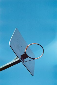 low angle photography of basketball hoop photo – Free Blue Image on Unsplash Film Photography, Editorial Photography, Portable Basketball Hoop, Backyard Basketball, Basketball Court, 30 Days Photo Challenge, Everything Is Blue, Blue Sky Background, Hiking Dogs