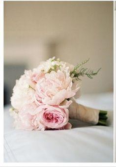 Brides flowers - peonies or antique roses x 1