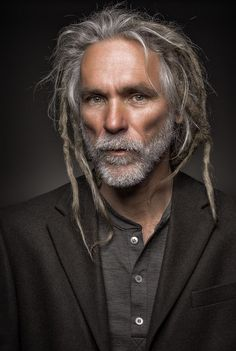 Portrait Of Greg by Regina Pagles Más Backcombing the easiest way to get dreads. Wax holds ends together, wash hair once a week. How To Grow Dreads, Beautiful Men, Beautiful People, Natural Hair Styles, Long Hair Styles, Dreadlock Hairstyles, Hairstyles Haircuts, Interesting Faces, Grey Hair