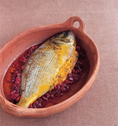 Moroccan stuffed red sea bream recipe #food #morocco #fish Sea Bream Recipes, Fish Recipes, Tasty, Yummy Food, Best Dishes, Arabic Food, Red Sea, World Recipes, Freshwater Fish