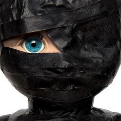 El Ojo, Irene Blaise Dimensiones:100 x 100 cm Técnica:Impresión cromogénica digital, montaje acrílico Fecha de Creación:2011 artroomtalent.com