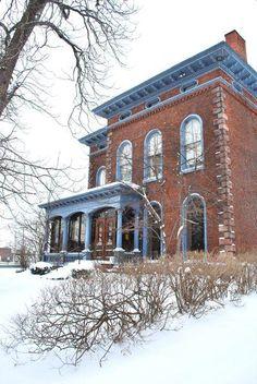 Franklin St Mansion